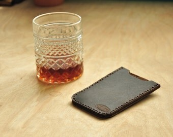 Treibholz Card Holder in Deep Chocolate Brown Leather