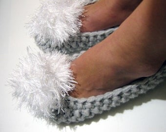 Chunky Knitted Slippers, Light Gray Slipper Socks, Ballet Flats, Fuzzy Pom Pom, House Slippers, Pantoufles, Gift for Women, Gift for Her