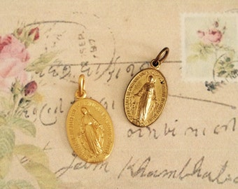 2 vintage gold plated virgin mary religious charms no.1046