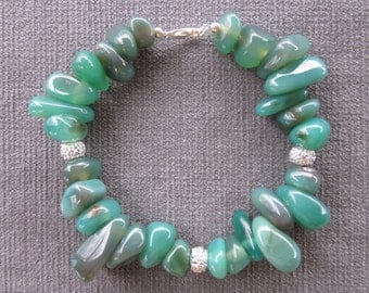 Moss Agate Nugget Bracelet With Acrylic Glitter Accent