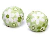 Ohrringe Stoff rund grün