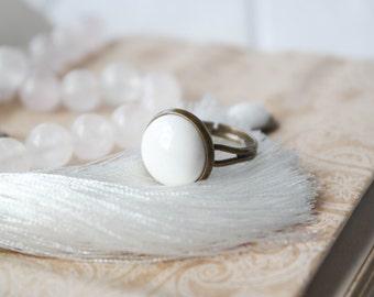Ring White Night