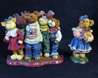 "Boyds Bears The Bearstone Collection "" J.B. Bearyproud and Pald + Lucy Bearhugs and Friends ""  Resin Figurines"