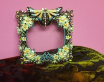 Bejewelled picture frame