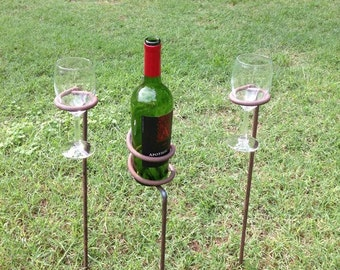 Single wine and bottle holders