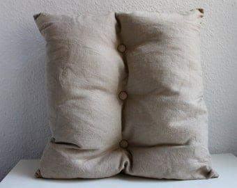 Beige-clay linen, three button cushion