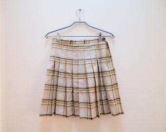 SALE Plaid pleated linen school girl skirt