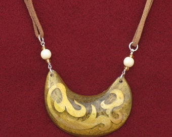 A101 - Necklace with pendant