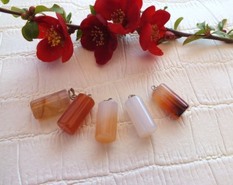 Very beautiful PENDANT in the shape of cylinder in CARNELIAN natural stone