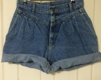 Vintage Lee rolled cuff denim cut off jean shorts
