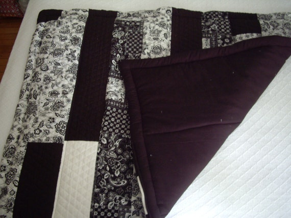 Items Similar To Black Amp White Patterned Quilted Top Quilt