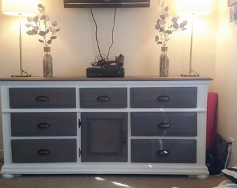 Farmhouse 9 drawer dresser