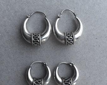 vintage silver earrings Bali style