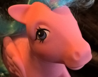 Vintage 1983 MLP year 1 Firefly My Little Pony pink Pegasus with glitter lightening bolts
