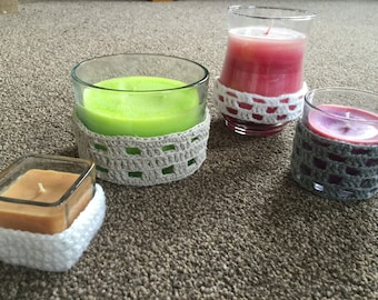 Decorates candles