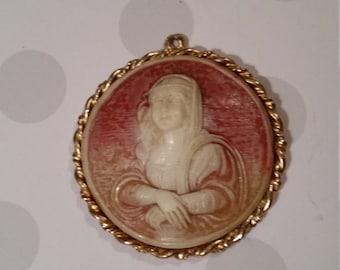 Vintage large cameo pendant