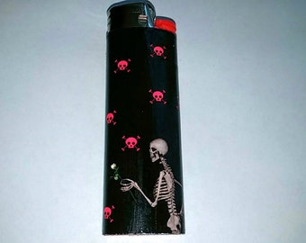 Skeleton giving a rose, Skulls & crossbones Custom Lighter