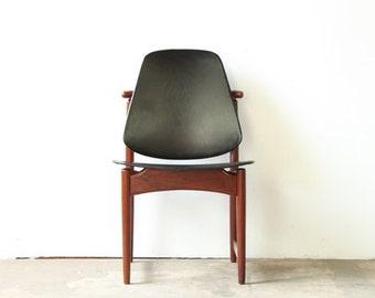 Chair by Arne Hovmand-Olsen