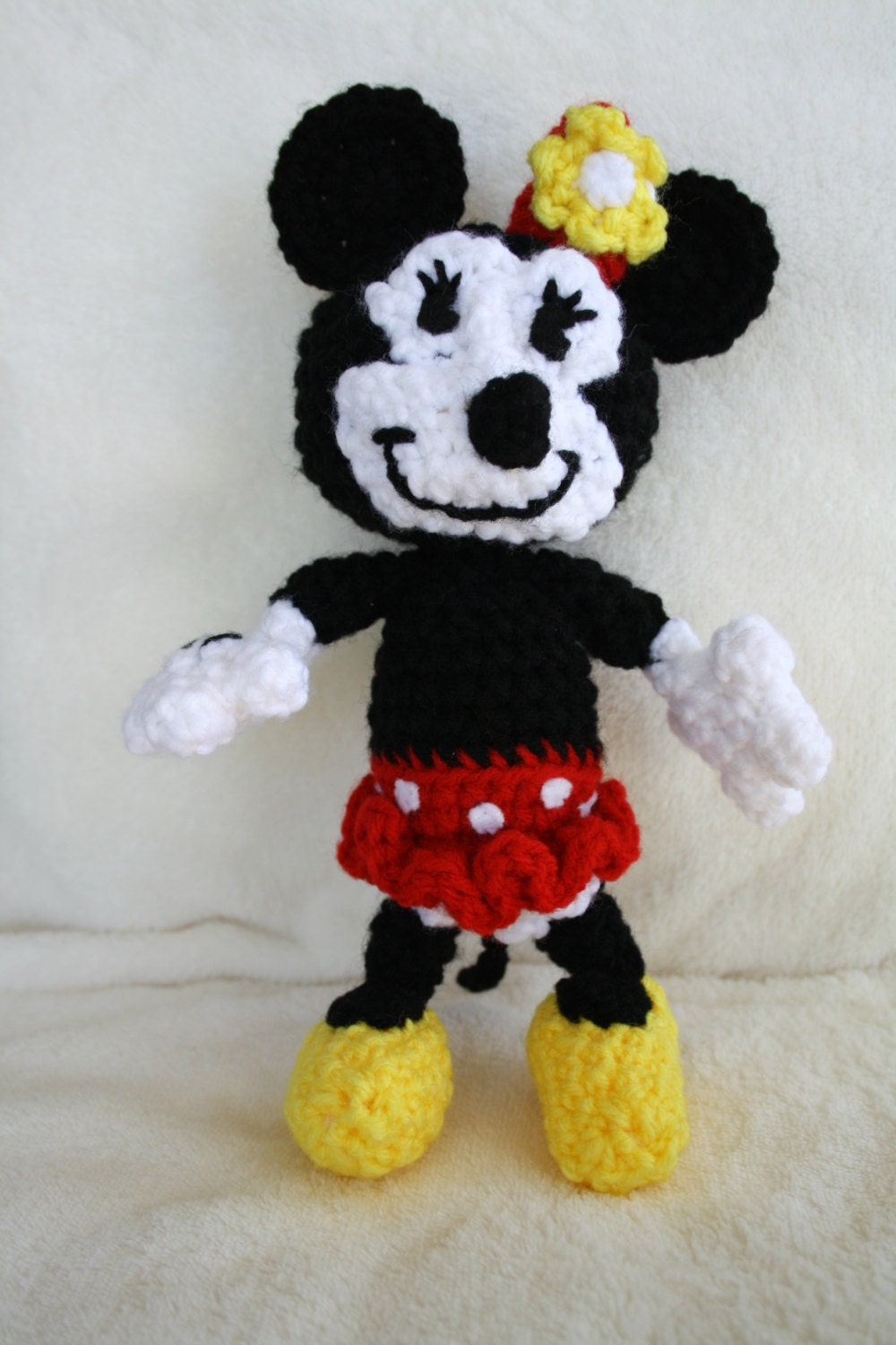 Minnie Mouse Amigurumi Crochet by Brazikat on Etsy