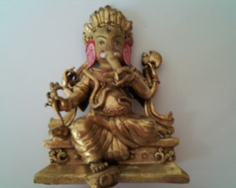 Small Ganesha figure in gold