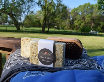 Oatmeal Goat Milk Soap (unscented)