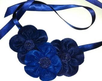 Blue Kanzski Flower Necklace