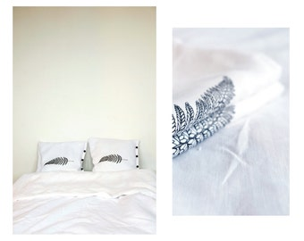 White linen set with ferns prints