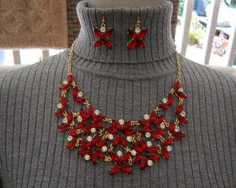 Vintage Red And White Bib Necklace Earring Set #519