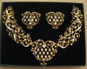 NEVER WORN Vintage Antoinette Collection For Avon By Jose Maria Barrera Rhinestone Necklace and Earring SET.