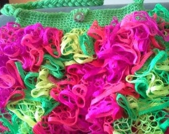 Crochet Ruffle Purse