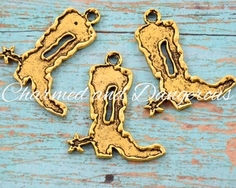 10 Gold Burnout Boot charms (CM71)