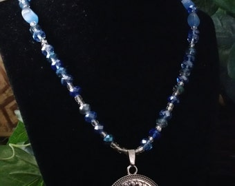 Blue Glass Beaded Pendant Necklace