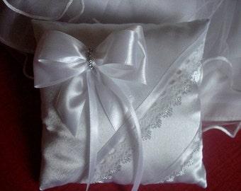 Wedding Ring Pillow, Ring Bearer Pillow, Lace Ring Pillow, Wedding Ring Pillow, Ring Bearer, Rustic Wedding