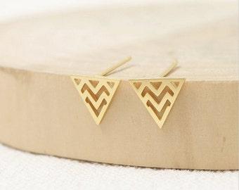 triangle stud earrings, gold triangle earrings, silver triangle earrings, triangle studs, zigzag earring, chevron, geometric