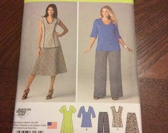 Simplicity pattern 1431 sizes 20w-28w
