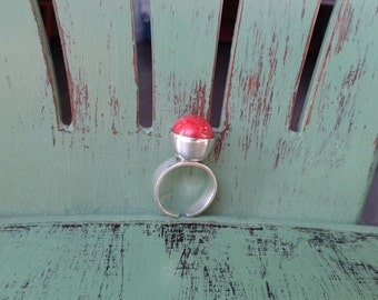 red ball ring