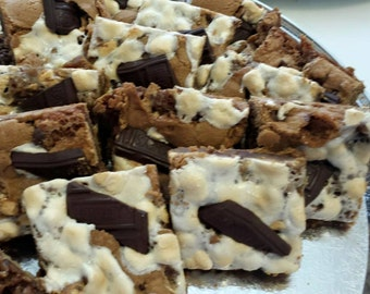 Smores Cookie Candy Squares