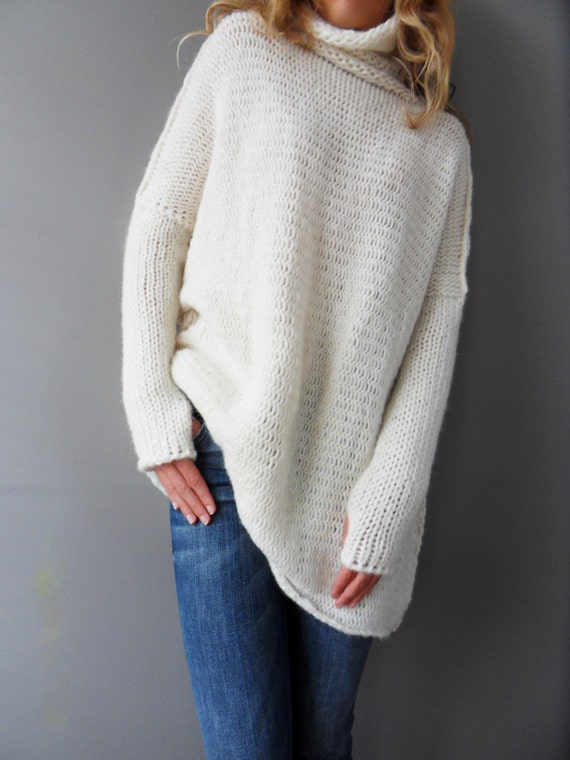 Oversized/Slouchy/Loose knit sweater. Chunky knit women