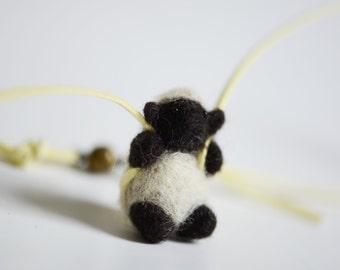Animal buddies necklace, sheep, felt