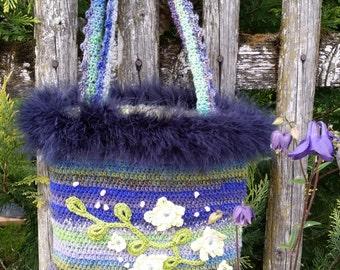 "Handbag ""Flowering vine"""