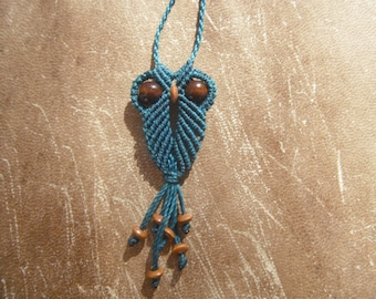 Necklace OWL blue macrame