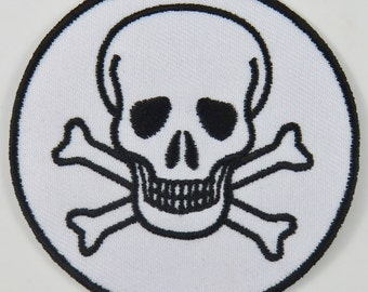 Skull & Cross Bones Symbol/Sign (White) Iron On/ Sew On Cloth Patch Badge Appliqué cybergoth cyber punk goth rocker emo rave Size: 6.8cm