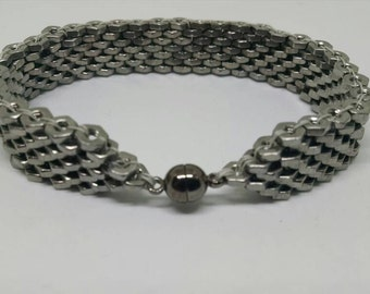 Stainless Steel Hex nut bracelet #2-25 hex nuts. Magnetic gunmetal ball clasp