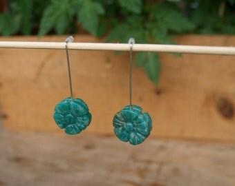 Vintage ⋆ Pearl Green Flower Earrings
