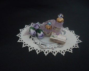 Lovely shabby chic toiletry tray 1/12th scale