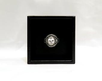 The Hera Ring