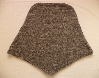 Knitted poncho wool 40/42 eco wool quality