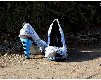 Shoes * Alice in the Wonderland (film) * Tim Burton * Disney *.