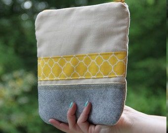 Zipper pouch / make-up kit / Scandinavian fabric