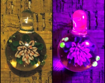 UV Glowing Pink Flower Pendant